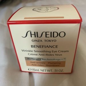 New!!! Shiseido wrinkle smoothing eye cream